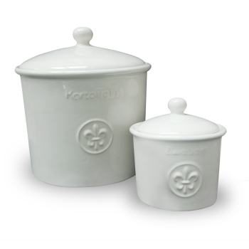 Set of potato and onion pots